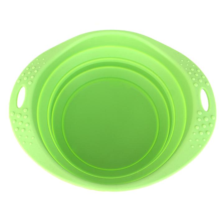 Zelená cestovní miska